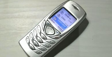 Manual Nokia 6100 en PDF.